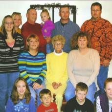 Family picture taken at Thanksgiving 2007 - Kim