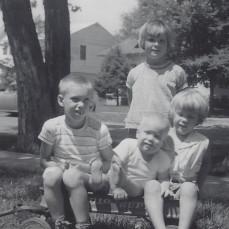 - Renee (standing)., Richard, Paul, Karen Rochester