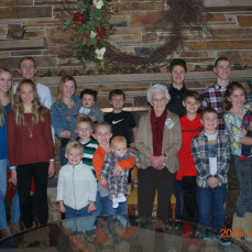 Phyllis 90th Birthday with great-grandchildren  - Duly Zwiefel