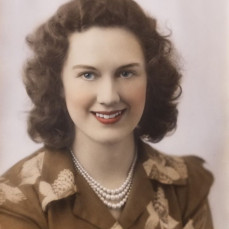 Here is a picture of a very pretty young Helen. - Lorna Vinson
