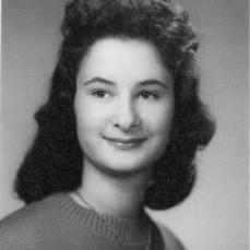 Linda's Senior Picture - Doreen Tackett