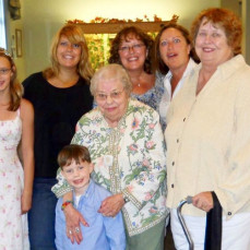 Some of the Karen Goodall-Hovey family with Etta   - Sue Hovey-Robinson