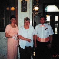 - Oaks-Hines Funeral Home