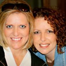 Sara with her sister - Lisa Kunkel