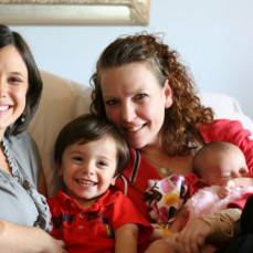 The best day - Jessica, Elias and Adeline hanging out with beloved Sara - Jessica Turner